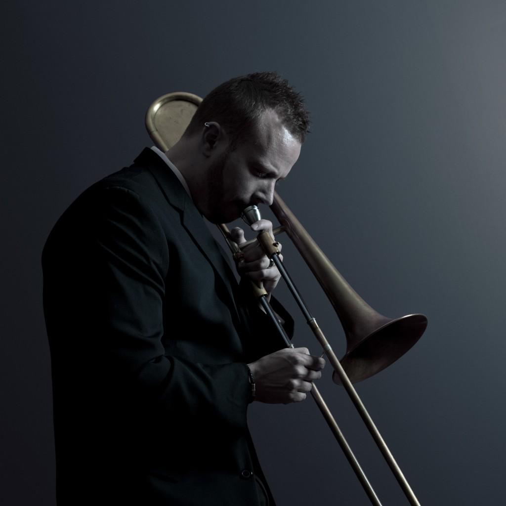 Elliot Mason - photo by Helge Hansen